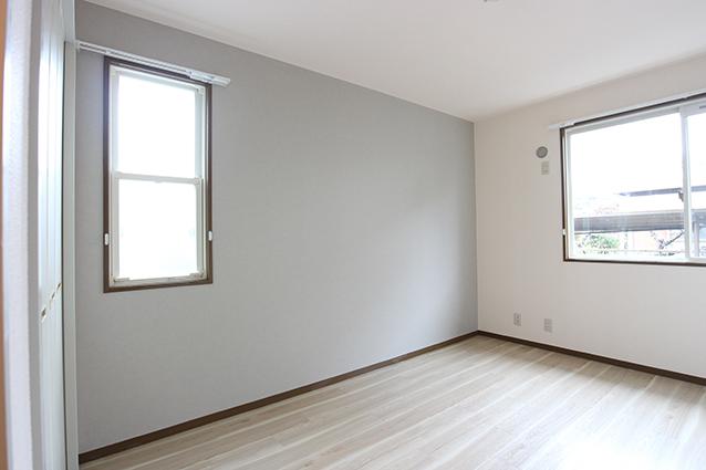 木のマテリアルが印象的!ヴィンテージスタイルのお部屋。・空室対策後