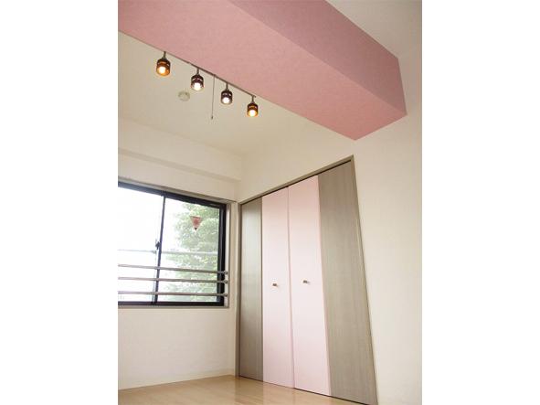 ピンクカラーがテーマのお部屋。