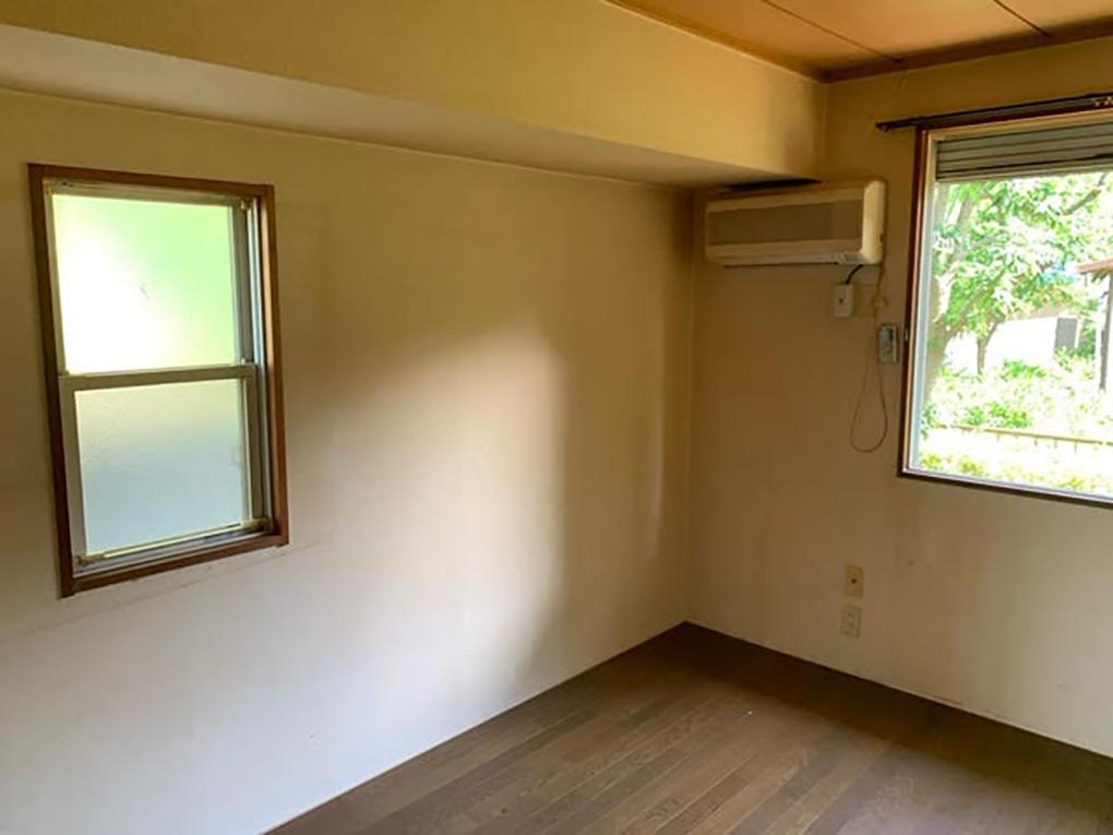 工事前の洋室